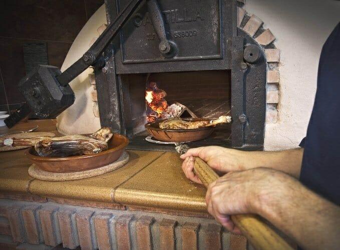 El lechazo es, posiblemente, el producto más típico de Aranda de Duero