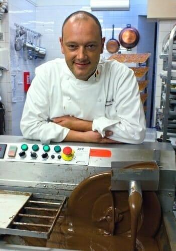 Dominic Persoone es uno de los tres mejores chocolateros de Bélgica según la Guía Michelin
