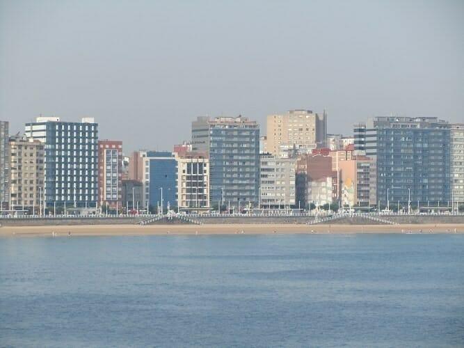 Gijón desde el mar