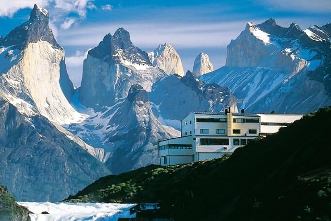 Hoteles en emplazamientos espectaculares y actividades fuera de lo común completan la oferta de Slow Travelling