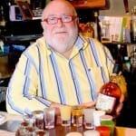 Pol Rysenaer, alma de BierHuis, ofrece desde tablas de chupitos hasta más de 160 cervezas