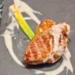 Presa confitada con mayonesa caliente de jabugo