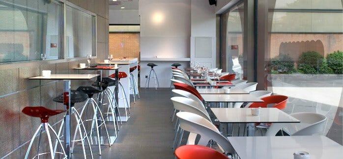 El plat el bar lounge con tapeo de pedro larumbe comer - Decoracion bares modernos ...