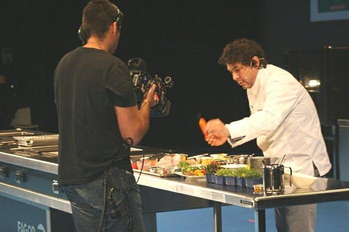 Gastón Acurio durante su ponencia en San Sebastián Gastronómika 2011