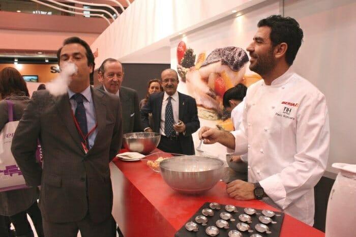 Los asistentes han disfrutado del show-cooking de Paco Roncero