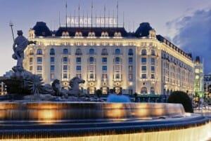 Fachada del Hotel Palace