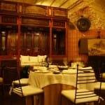 En Asiana puedes cenar entre antigüedades y obras de arte