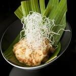 Rock shrimp en tempura con espuma de Yuzu y Polvo de Gundilla