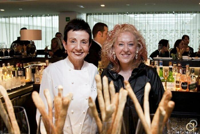 Carme Ruscalleda junto a Elena Adell, en la presentación de GastroVinos 2011