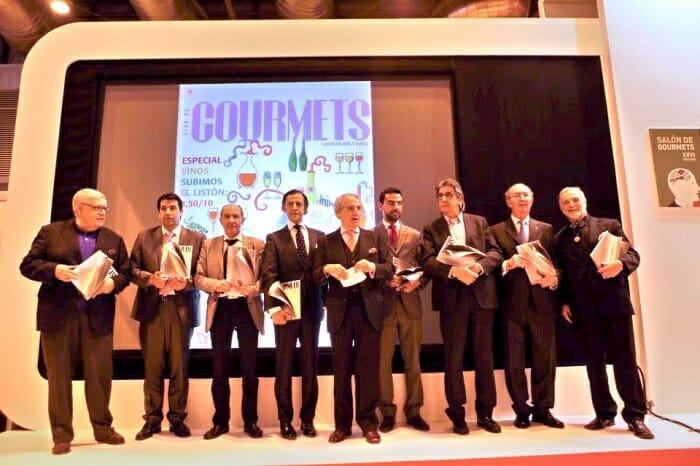Foto de familia de los premiados en el XXXV Aniversario de la Revista Club de Gourmets