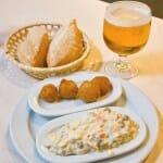 Aperitivos: croquetas y ensaladilla rusa