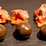 Trufa sorpresa y Pan con tomate y salchichón, una de las curiosas propuestas de Ramón Freixa