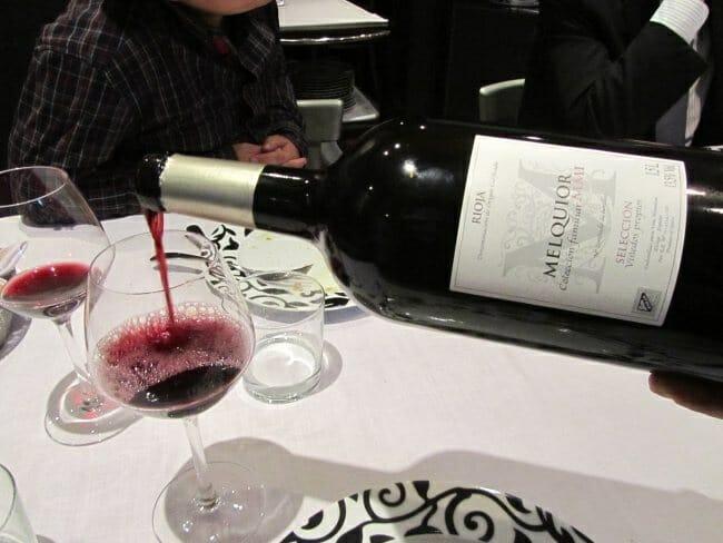 Vinos ginebras y maltas completan la oferta gourmet del establecimiento