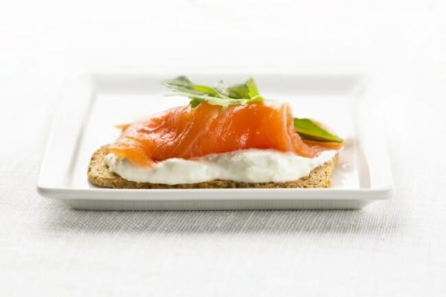 Ruta de la tapa del salm n noruego por todo madrid comer - Tapas con salmon ahumado ...