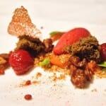 Tomate, nueces cantonesas, cinco especias chinas y cerezas con jengibre