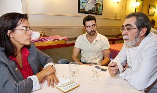 Detalle de la entrevista a Juan Loriente y su hijo, Saúl
