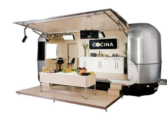 Detalle de la caravana-plató de Canal Cocina