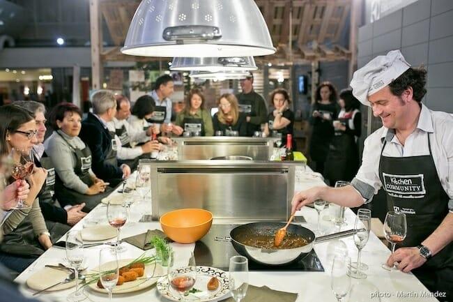 Cooking parties lo ltimo en tendencias gastron micas comer - Cayena escuela de cocina ...