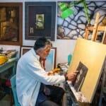 Željan Pavic, en su tienda-taller en Kastav