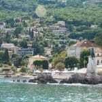Vista de Opatija desde un barco-taxi