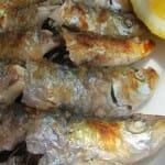 Espeto de sardinas a la brasa. Restaurante El Peñón