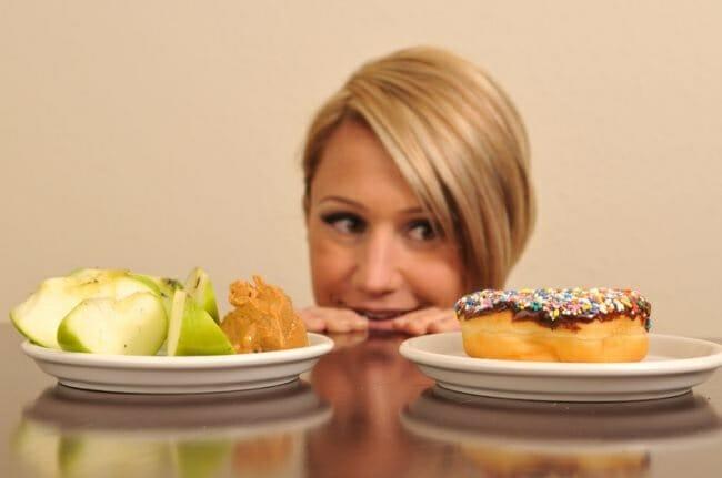 El objetivo es cambiar el vínculo que existe con la comida e indagar en las causas del comer emocional para identificarlas y aprender a controlarlas