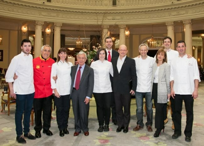 Foto de familia en el Hotel Palace