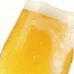 La cerveza es la bebida alcohólica con mayor aportación a la economía española