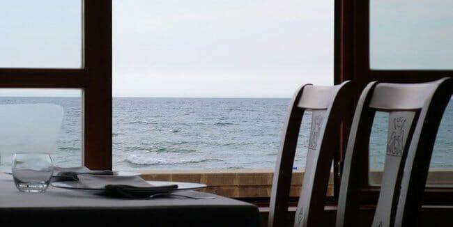 Vista del mar desde el comedor de Casa Manolo