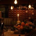 Interior del bar Evans & Peel