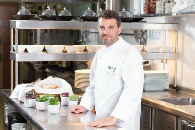 Rafa Soler en la cocina de Audrey's
