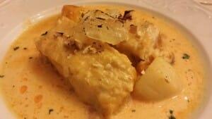 Merluza en salsa de almendras, de La Fuensanta