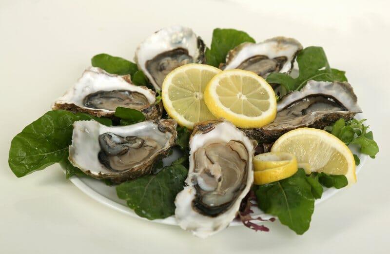 Plato de ostras de Acueo