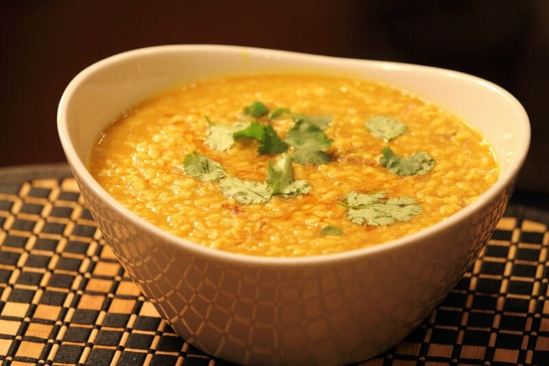 Dhal indio, uno de los platos típicos
