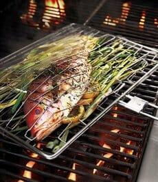 Parrillas especiales para cocinar el pescado