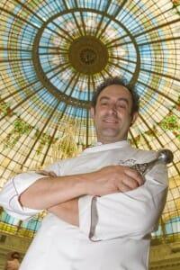 Fernando Sáenz bajo la cúpula del Palace