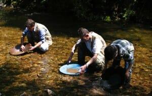 Bateo del oro en Navelgas