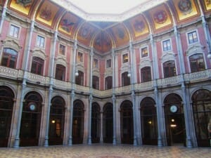 Patio del Palacio de la Bolsa