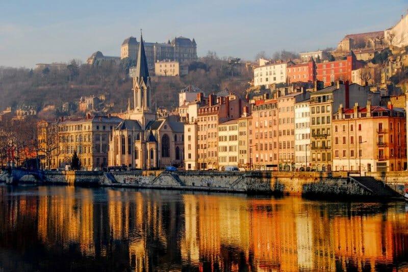 Río Saona a su paso por Lyon