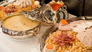 El cocido de Lhardy se sirve en bandejas de plata