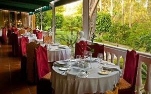 Salón terraza el restaurante El Faro