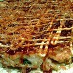 Okonomiyaki: la versión japonesa de la tortilla
