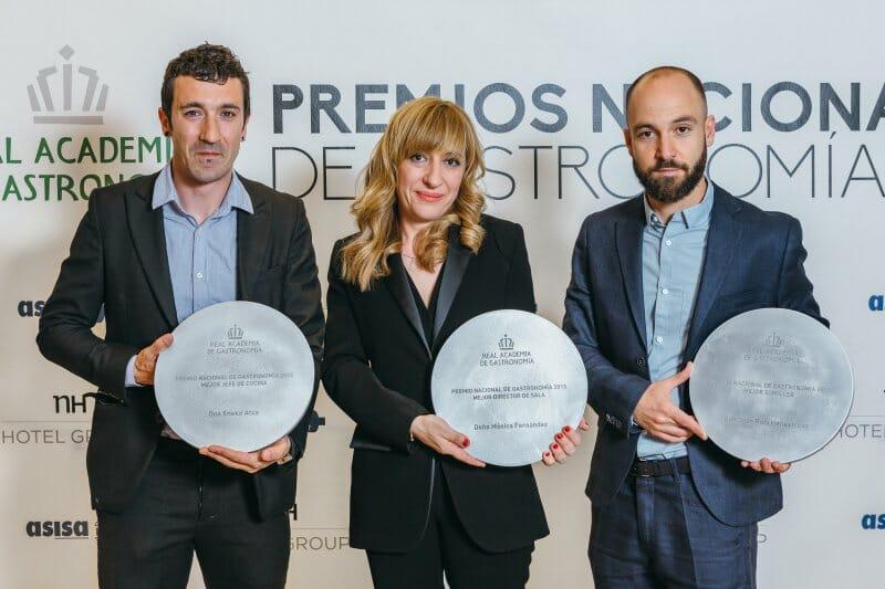 Eneko Atxa, Mónica Fernández y Juan Ruiz Henestrosa, tres de los galadornados