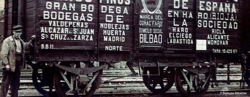 Así salían los vagones cargados de vinos de Bodegas Bilbaínas