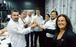 Brindis con los chefs portugueses