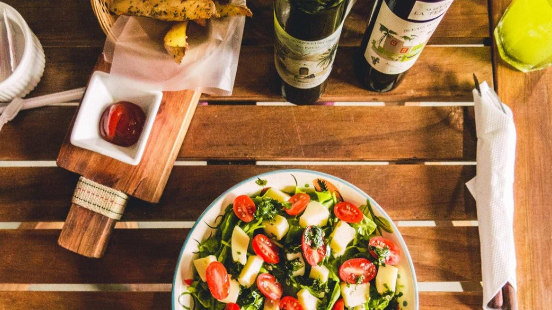 ¿Qué es la dieta mediterránea? ¿Cómo puedo incluirla en mi dieta diaria?