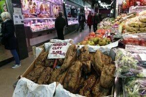 Mercado en el barrio de Gracia