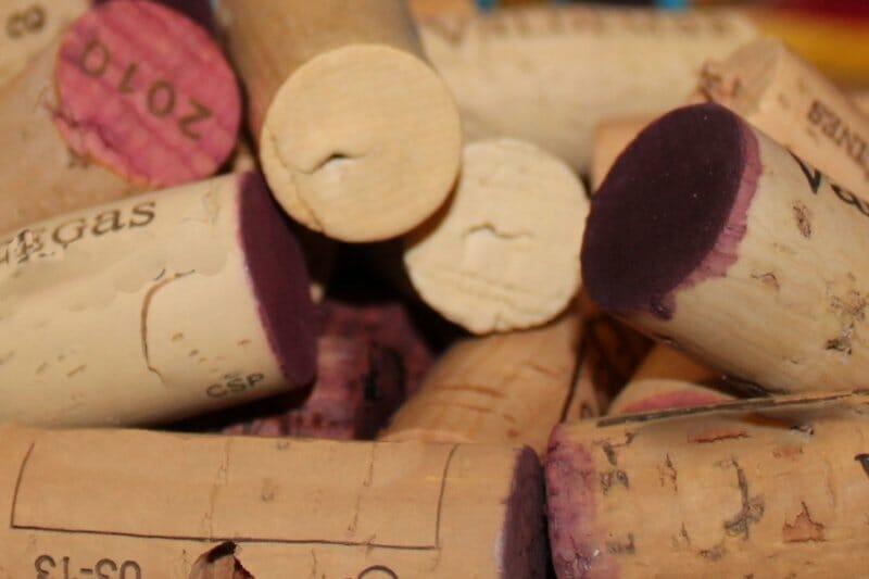 El estado del corcho es clave para la conservación de un vino