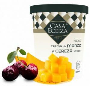Helado de crema de mango y cereza negra