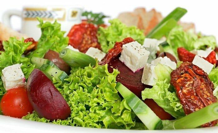 Las ensaladas son el plato estrella en primavera y verano